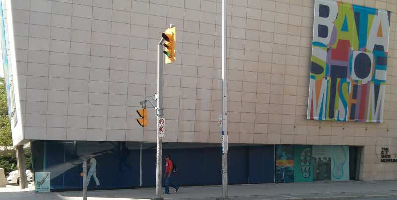 Commercial paintuing project on Bloor street.