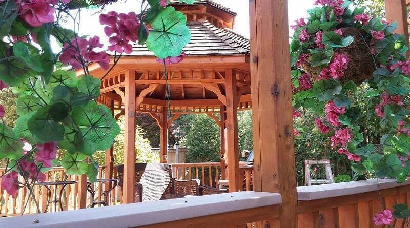 Backyard deck of a customer in Unionville