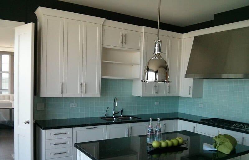 Kitchen colour when cabinets are white