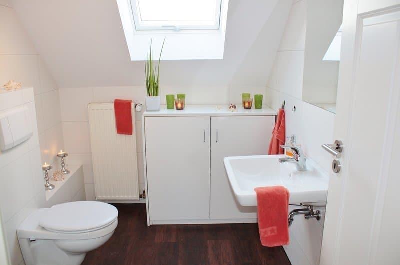 Bright colour for small bathroom.