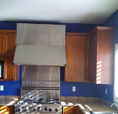 Blue kitchen by our Ajax painters